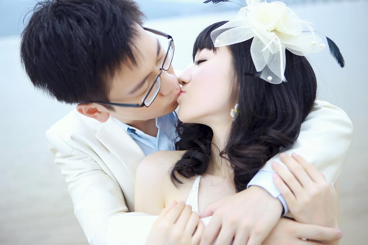 свадебный обычаи и традиции