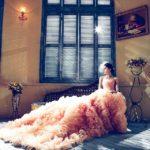 Свадебные платья со шлейфом: какие опасности таят?